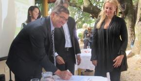 Vice prefeito assina convênio para a adoção de mais uma área verde da capital